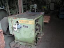 Esterer undercutting saw