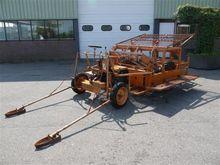 Machine de plantation auto-diri