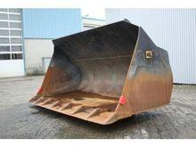 Zeppelin Loading Bucket WP 2600