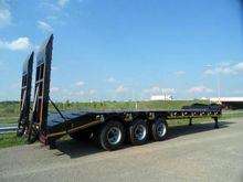 2013 Ozgul 3 axle lowbed semi t