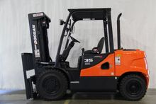 2015 Doosan Industrial Vehicle