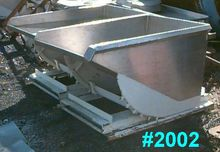 100 GALLON PORTABLE DUMP HOPPER