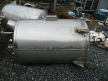 200 GALLON SANITARY TANK – S/S
