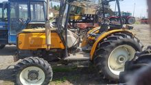 1995 Renault 70.14 Orchard trac
