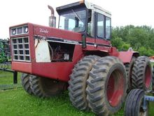 International Harvester 4386