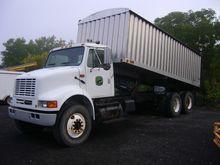 2003 International Harvester 81