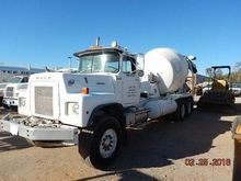 1980 Mack Trucks Inc RS685L MIX