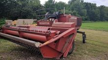 1984 Hesston 6450 10685M