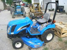 "2005 New Holland TZ25DA W/60"" D"