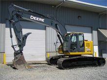 Used 2009 DEERE 225D