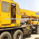 2011 Kato 30t NK300E truck cran