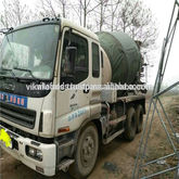 2011 Isuzu widely 30t concrete