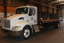 2008 Kenworth 26ft Flatbed Truc