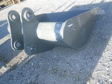 HENSLEY Bucket, Ditch Cleaning