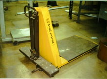 2500 LB. LIFT RITE PALLET HIGHL