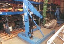 2008 Hydrobull workshop crane