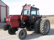1979 Case 2590 2WD Tractor