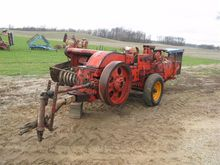 Ford T4-I72 Small Square Baler