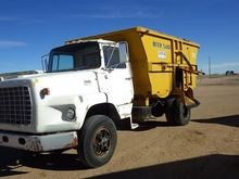 1980 Ford 8000 S/A Truck with M