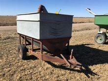 Heider Grain Cart