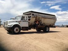 1996 International 4900 S/A Tru