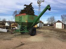 Rayne Plane R7045GTT Grain Cart