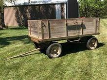 Heider Wooden Wagon
