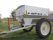 Mobility 800 Row Crop Fertilize