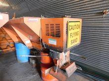 Henderson 8XMILD Salt Box & Spr