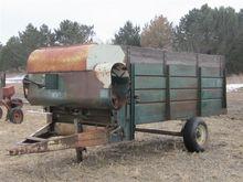 Schwartz 191 Feeder Wagon