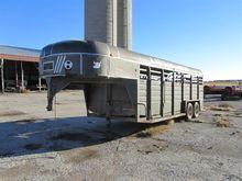 1986 Kiefer SMG720-86 Livestock