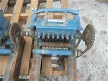 John Blue L 8 C Squeeze Pump