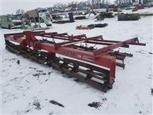 Used Wil-Rich 8 Row