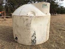 Snyder Poly Tank