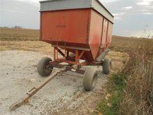 Huskee 225 Grain Wagon