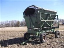 Richardton 1200 Side Dump Wagon