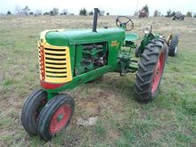 1950 Oliver 77 Row Crop 2WD Tra