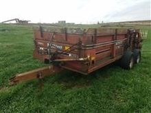 Farmhand F45A Manure Spreader