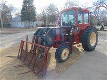 Belarus 925 MFWD Tractor