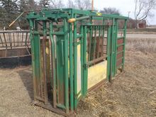 Real-Tuff Cattle Chute