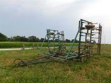 John Deere E1000 Field Cultivat