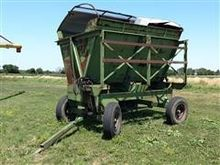 Richardson Side Dump Wagon