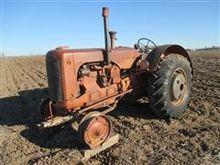 Case LA 2WD Tractor
