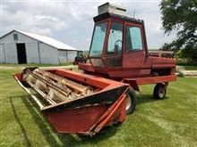 Hesston 600 Swather