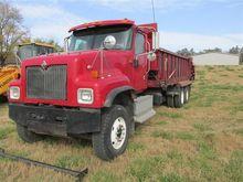 2006 International 5500I Truck