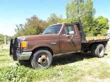 1987 Ford F350 Flatbed Pickup