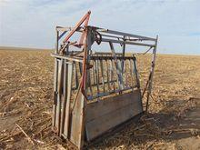 Filson Cattle Working Chute