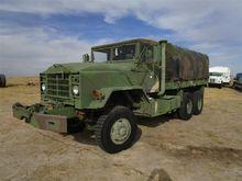1984 Amgen M925 T/A Truck
