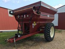 J & M 620-14 Grain Cart