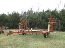 Krause 1504 Field Cultivator